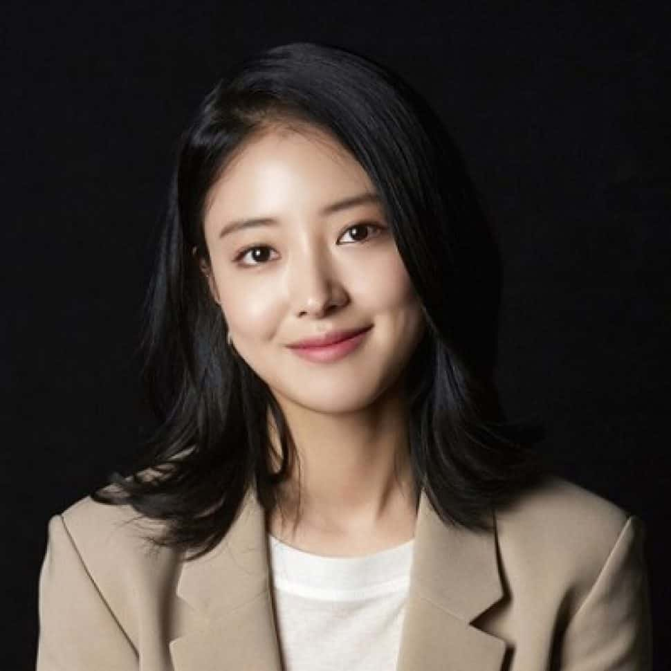 Lee Se Young 400 400